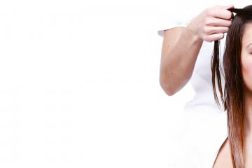 Masáž vlasové pokožky