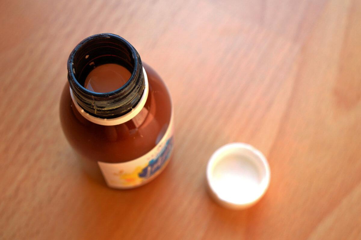 Přírodní noční anti akné pleťové mléko
